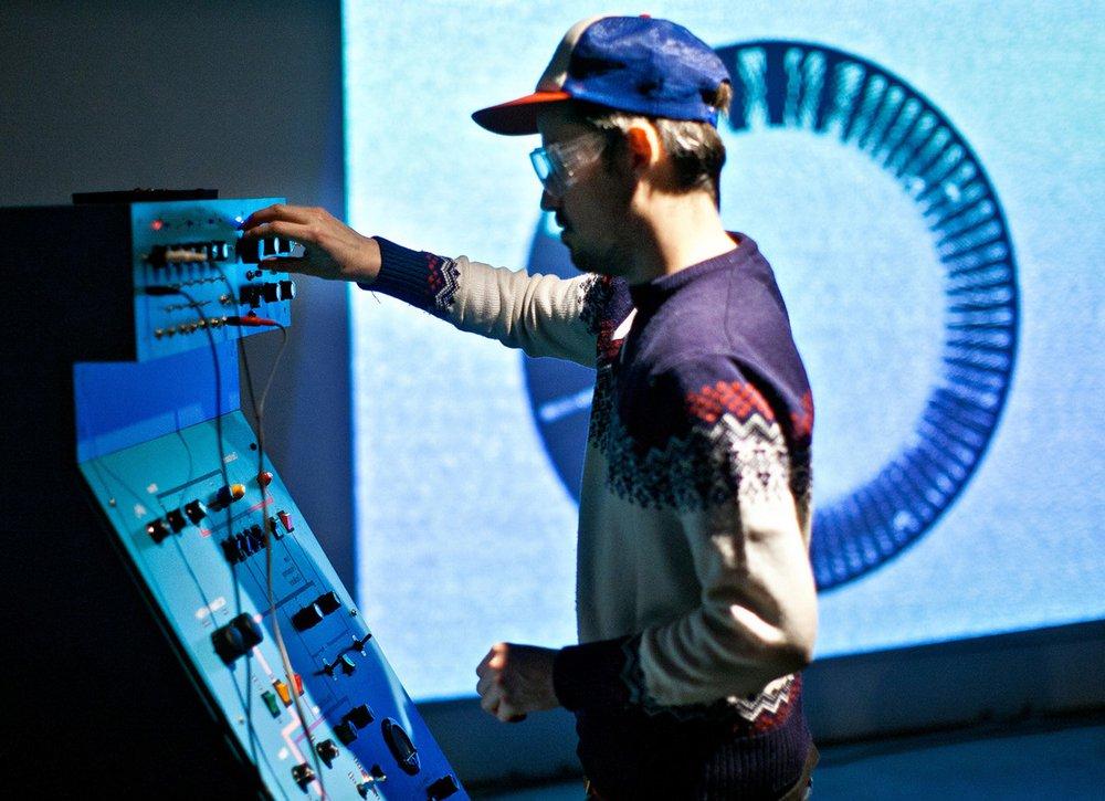 Audiovisual performance, collaboration with Piotr Ceglarek.