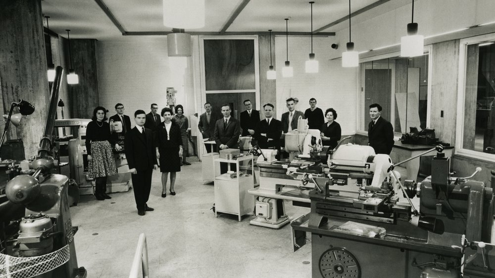 Industrial Design (Engineering) Research Unit, Royal College of Art c. 1969. Bruce Archer fifth from right. L Bruce Archer archive.