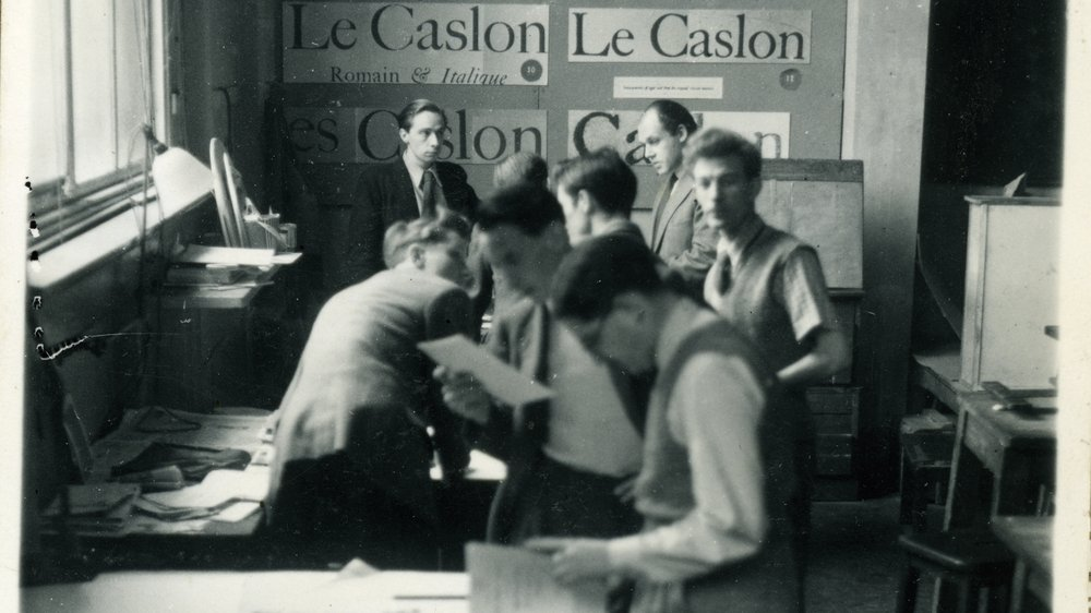 Graphic Design Department (Clifford Hatts and Richard Guyatt at rear), 1949. Clifford Hatts collection, Special Collections.