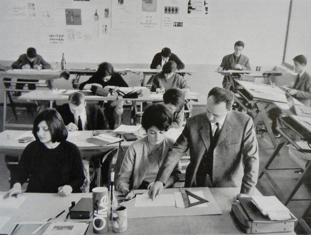 Antonio Tubaro and students in the Graphic Design Workshop, Scuola del Libro in Milan
