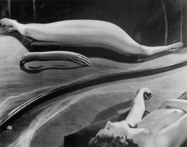 'Distortion 19', André Kertész, 1933
