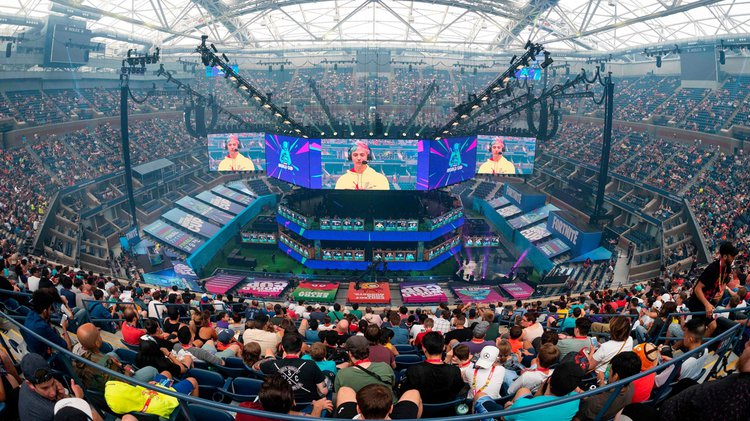 Fortnite World Cup 2019. A large living room for the merging of labour, leisure, competitive sport and consumption.