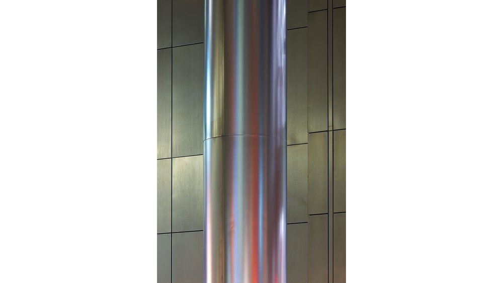 A Pillar in Canary Warf No.1