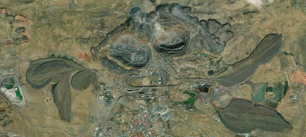 Bayan Obo world biggest rare earths mine, Baotou, Inner Mongolia, China.