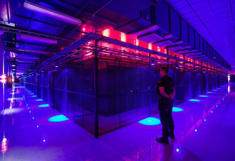 SWITCH SUPERNAP 7 data centre, Server cabinets. Las Vegas, Nevada.. Source: Switch SUPERNAPS