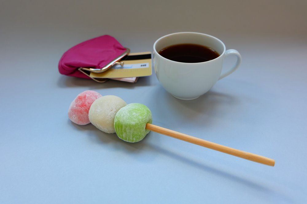 Purse, card, dango, coffee