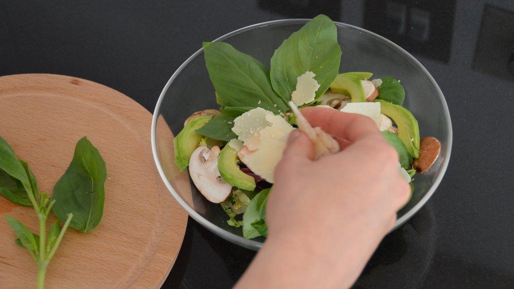 MEaltime: preparing food
