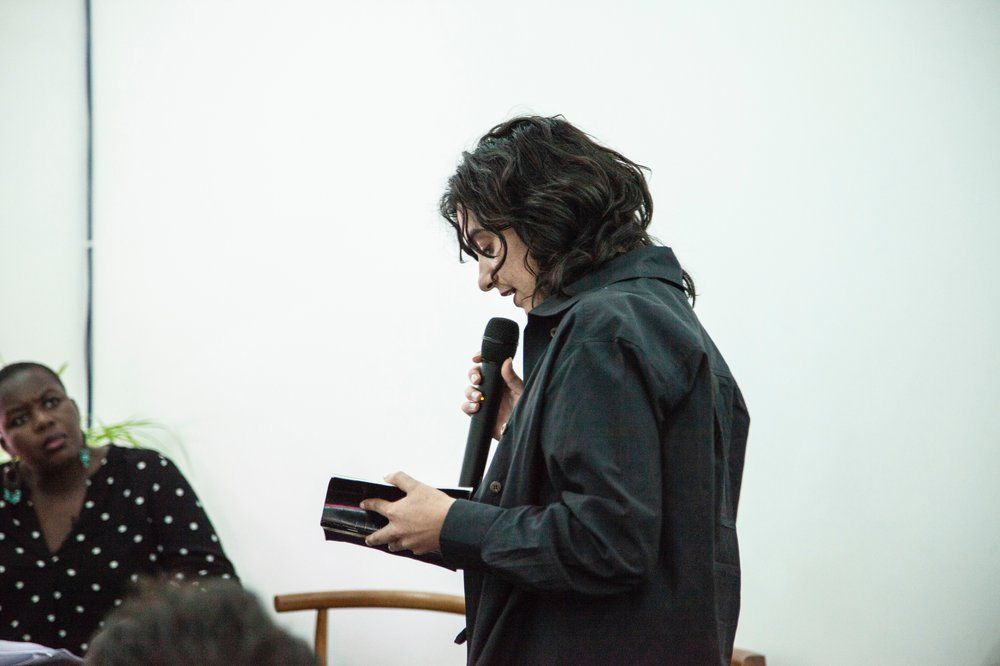 'Her Hair', performance