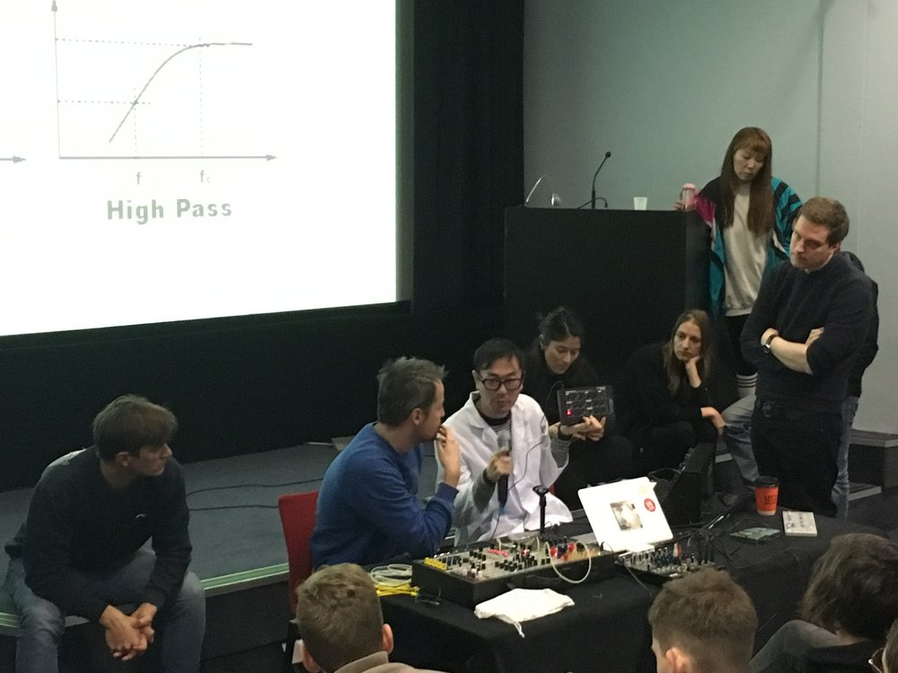 IED analog synthesis seminar with Visiting Lecturers Ronnie Deelen & Yuri Suzuki