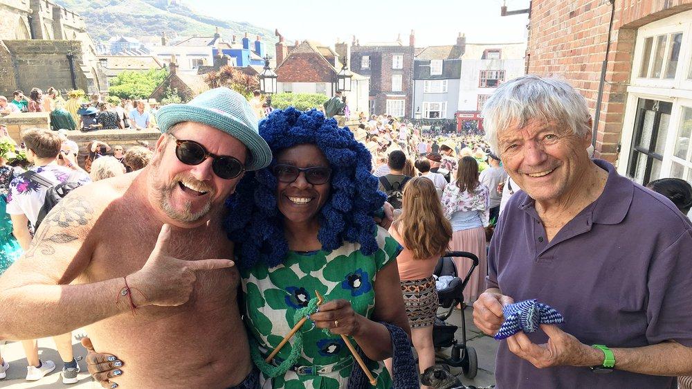 Kaffe Fassett, Brandon Mably and Lady Yarnarella in 'Knitting the Blues'