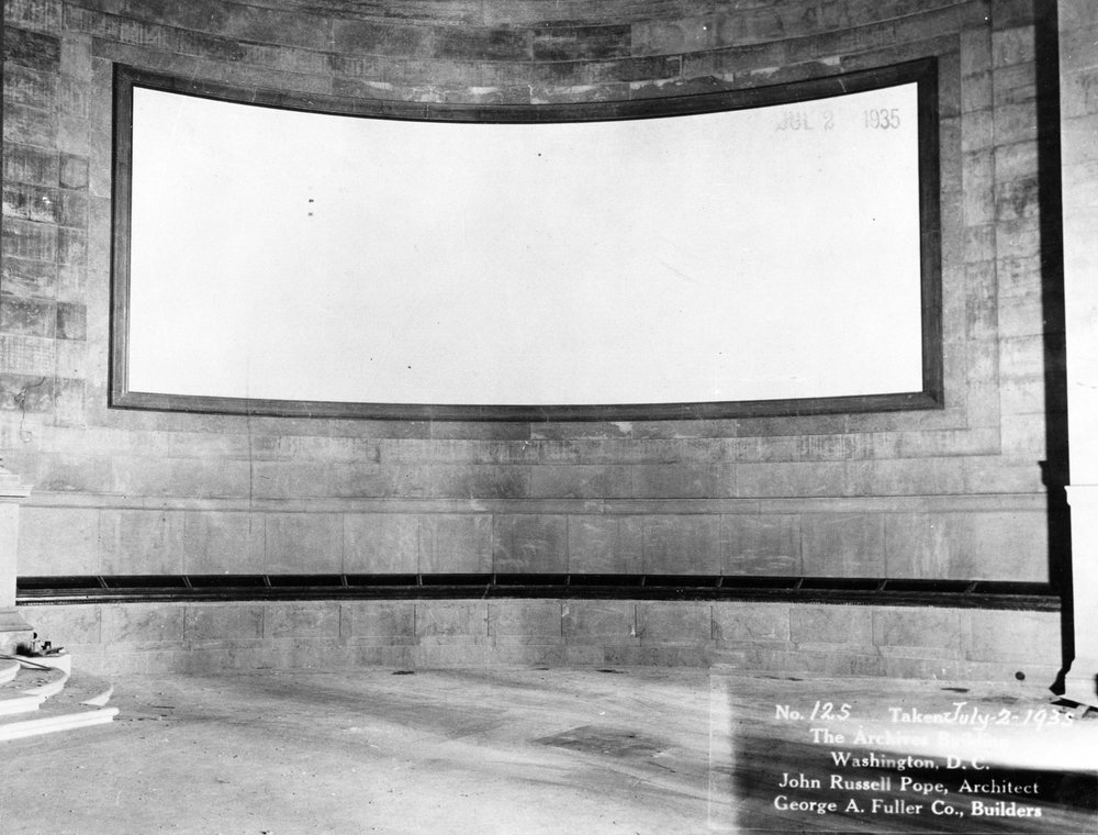 The National Archives Rotunda before Faulkner's Declaration and Constitution murals. Washington, 1935. Photo: US National Archives, US.
