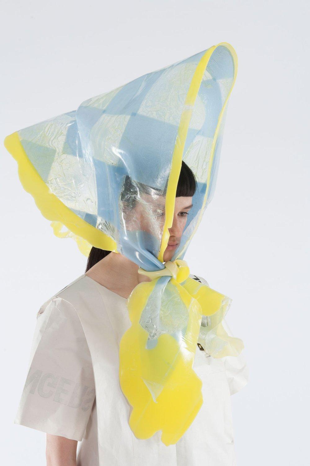 Giant Headscarf
