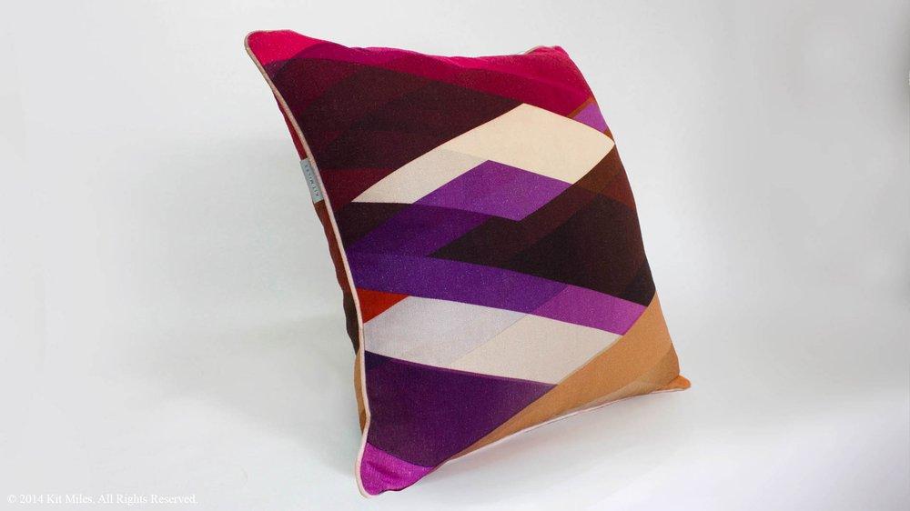 Diagonal Gradient Cushion