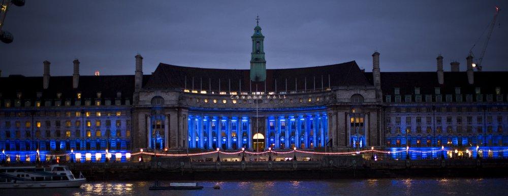 London Lights: Aquarium
