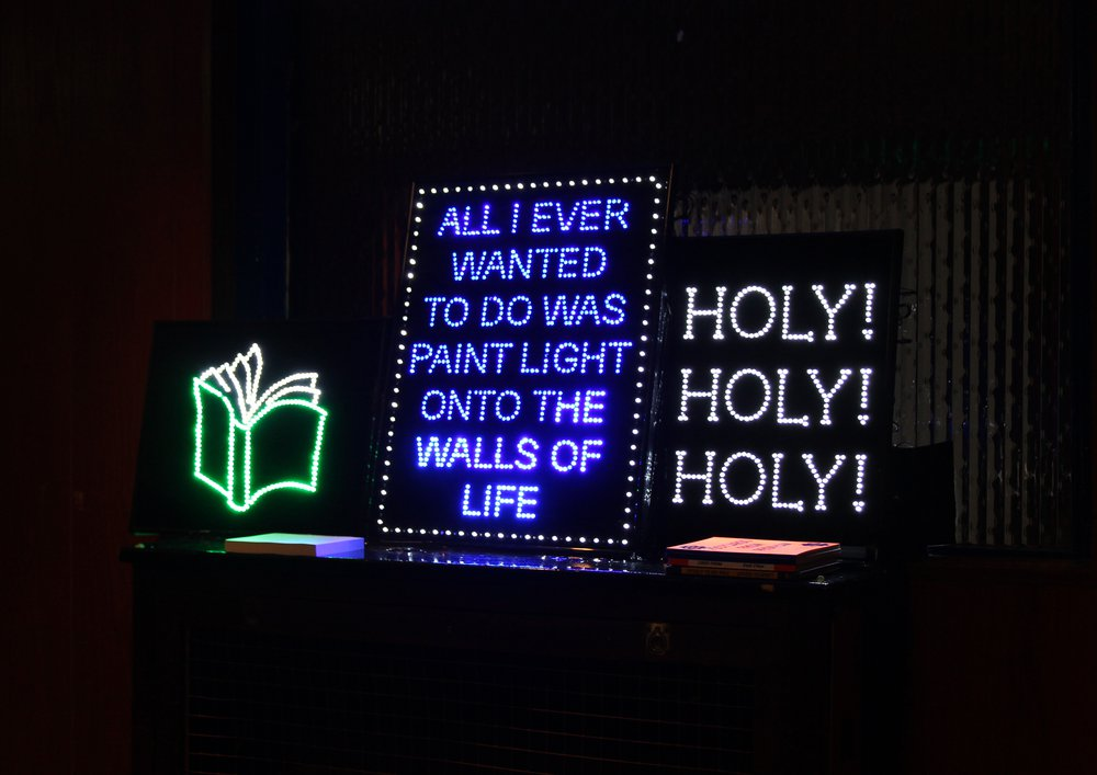 MOBILE REPAIR SIGNS FOR HOLY! HOLY! HOLY!