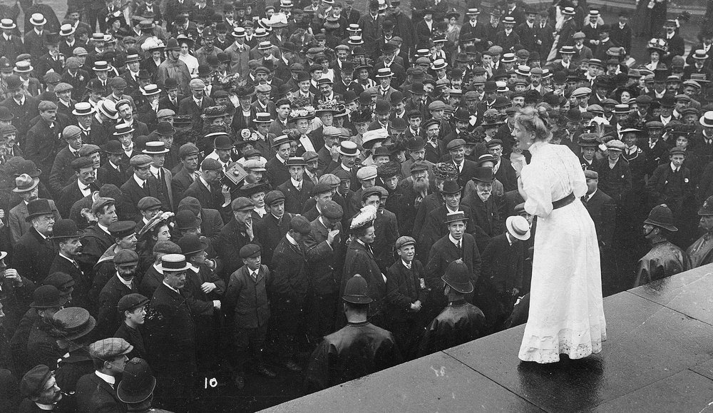 Mary Macarthur Addressing a Crowd on the Corruganza Boxmakers Strike