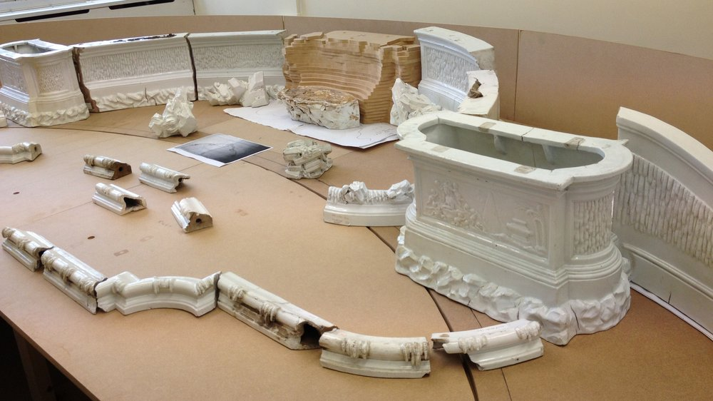 Initial reconstruction of the Meissen table fountain fragments