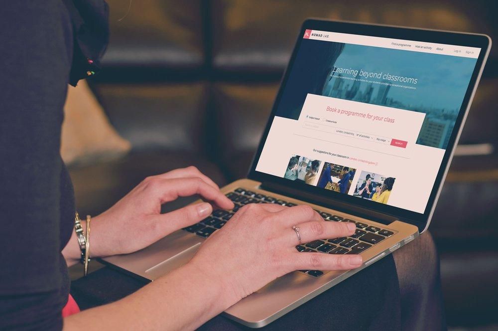 Nomad Lab. Web Platform