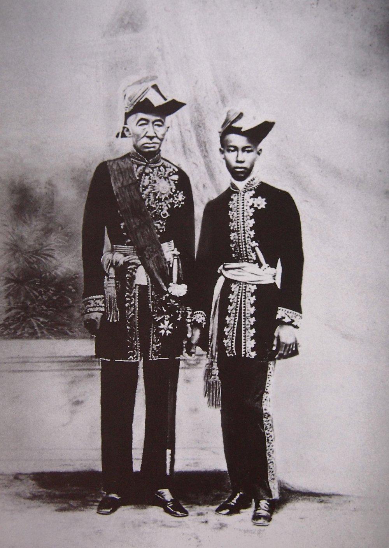 A double portrait of King Mongkut and Prince Chulalongkorn