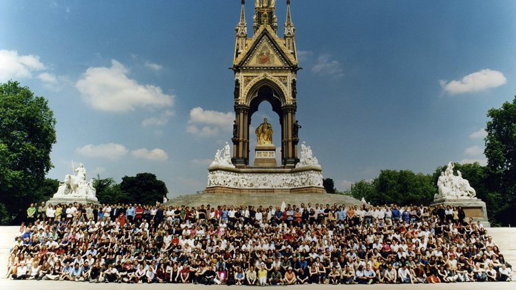 Students in front of the Albert Memorial