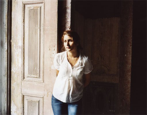 Paula, Portrait