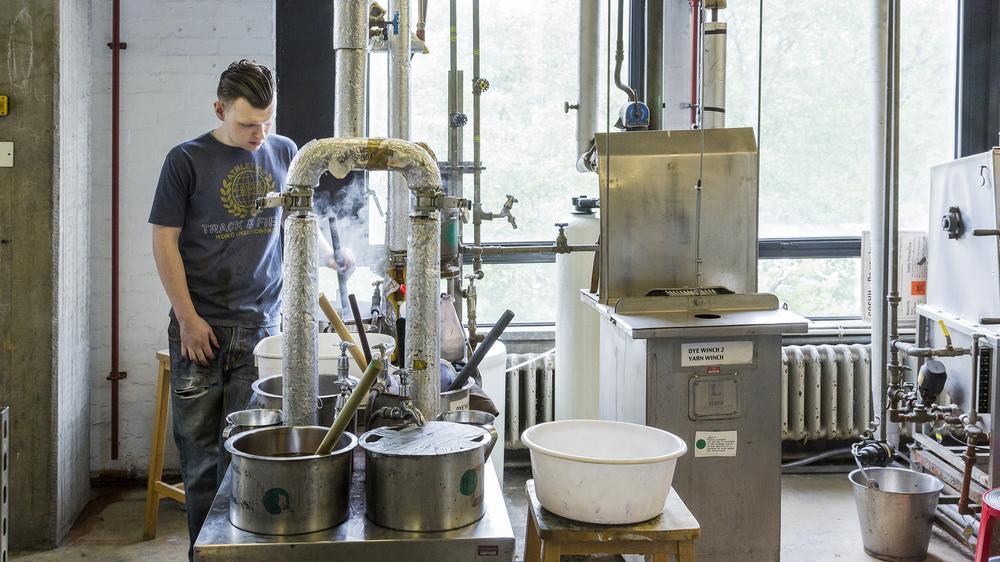 Textiles Dye Lab
