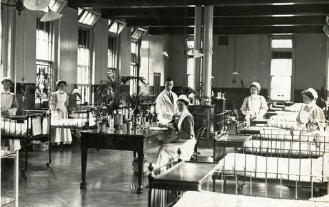 Surgical Ward at the East London Hospital for Children, London, c.1910