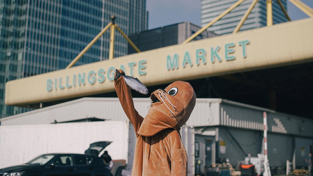Sammy the Seal outside Billingsgate Fish Market