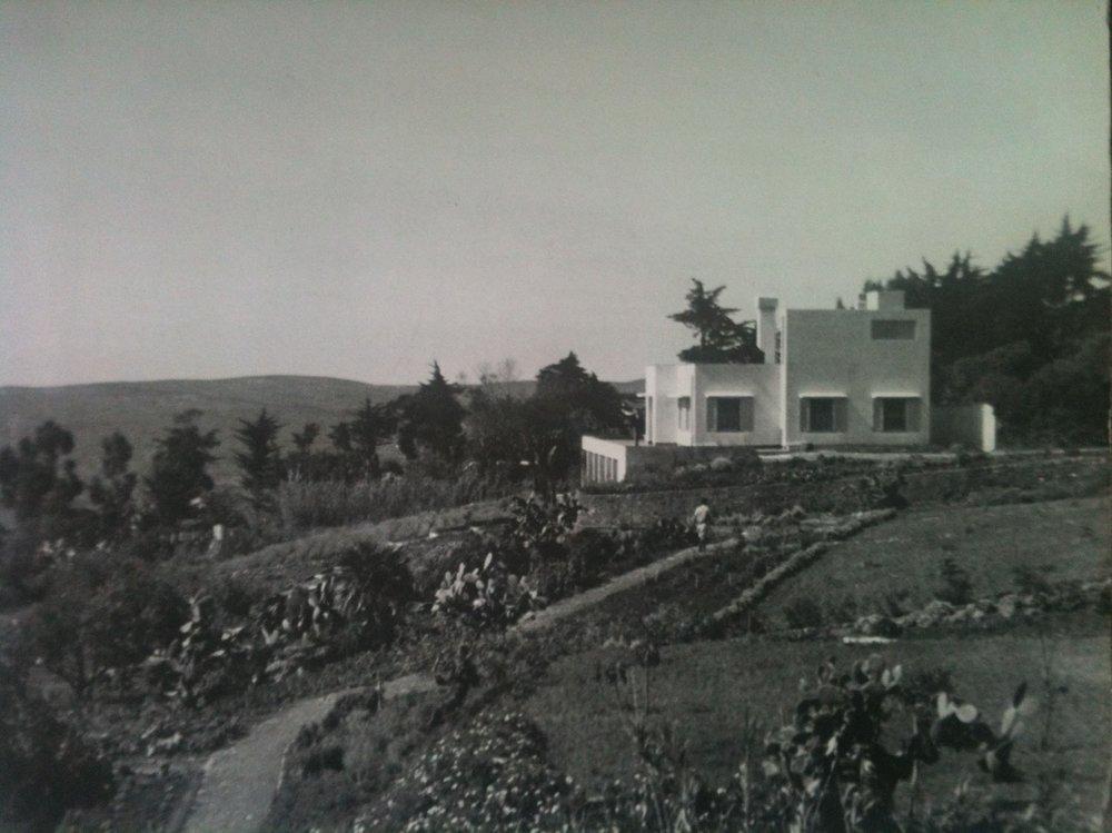 White Stone, Tangier