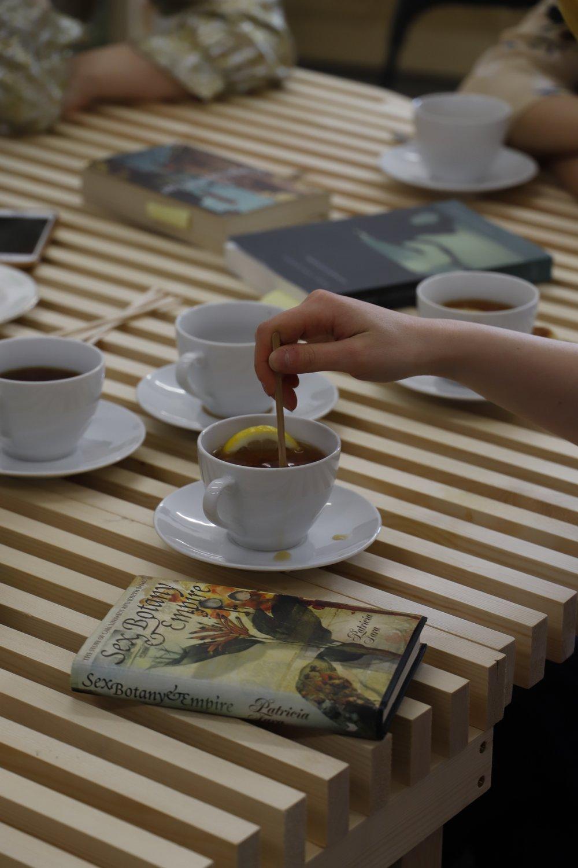 Fatima Uzdenova Tea with the artist