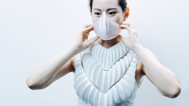 Jun Kamei, Amphibio is a wearable gill device.