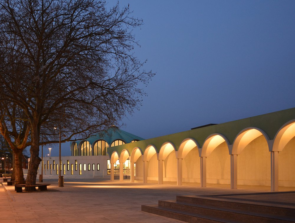 Barkingside Town Square, by DK-CM. Completed 2014