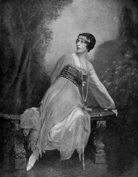 Mrs Condé Nast in Evening Dress