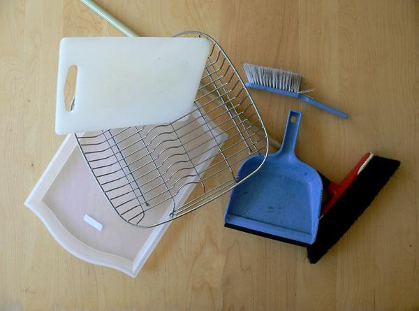 Domestic Mess: Objects Without Home