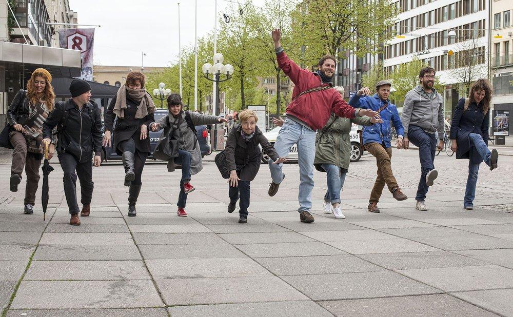 Play in public space during TRADERS Training Week II on PLAY organised by Annelies Vaneycken (HDK, Gothenburg)